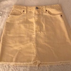Abercrombie &Fitch yellow denim skirt